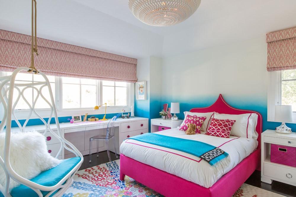 از دیگر منسوجات لازم برای اتاق خواب کودک می توان به فرش اشاره کرد