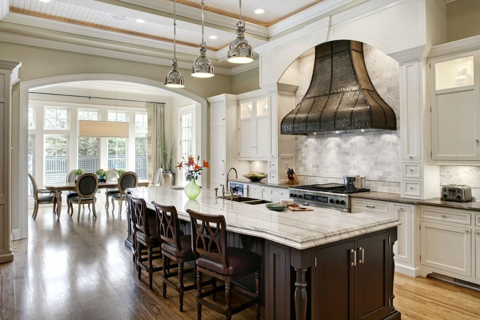 برای آشپزخانه از وسایل مختلفی استفاده می شود که هر یک کاربرد متفاوتی دارند.