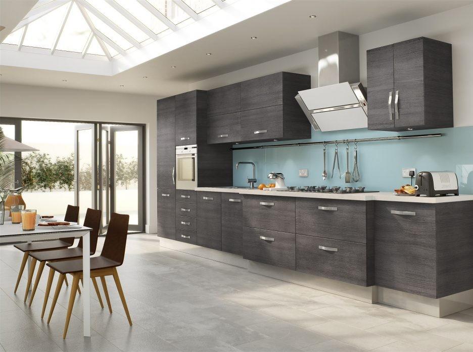 کمد های فلزی برای دکوراسیون داخلی آشپزخانه و نگهداری از ظروف، مواد غذایی و وسایل مناسب هستند