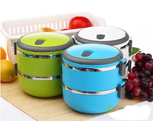 برای نگهداری از مواد غذایی از ظروف مختلفی استفاده می شود.